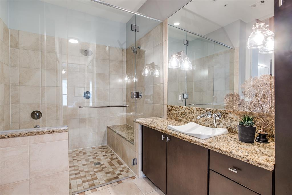 2950 Mckinney Avenue, Dallas, Texas 75204 - acquisto real estate best realtor dallas texas linda miller agent for cultural buyers