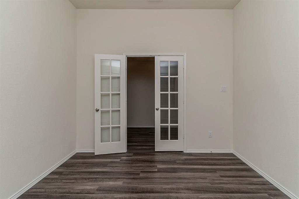 452 Saguaro  Drive, Fort Worth, Texas 76052 - acquisto real estate best designer and realtor hannah ewing kind realtor