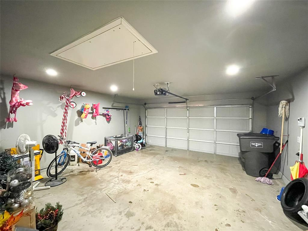 8633 Deepwood Lane, Fort Worth, Texas 76123 - acquisto real estate best park cities realtor kim miller best staging agent