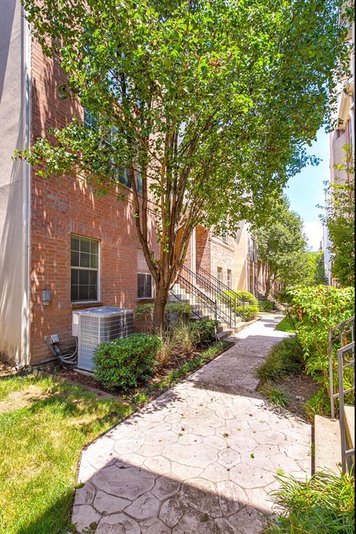 5800 La Vista Drive, Dallas, Texas 75206 - acquisto real estate smartest realtor in america shana acquisto