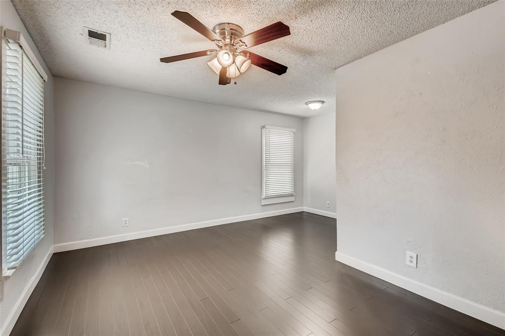 5025 Royal Drive, Fort Worth, Texas 76116 - acquisto real estate best the colony realtor linda miller the bridges real estate