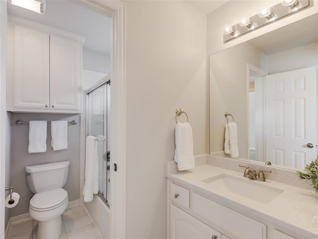 5358 Moss Glen Drive, Frisco, Texas 75034 - acquisto real estate best relocation company in america katy mcgillen