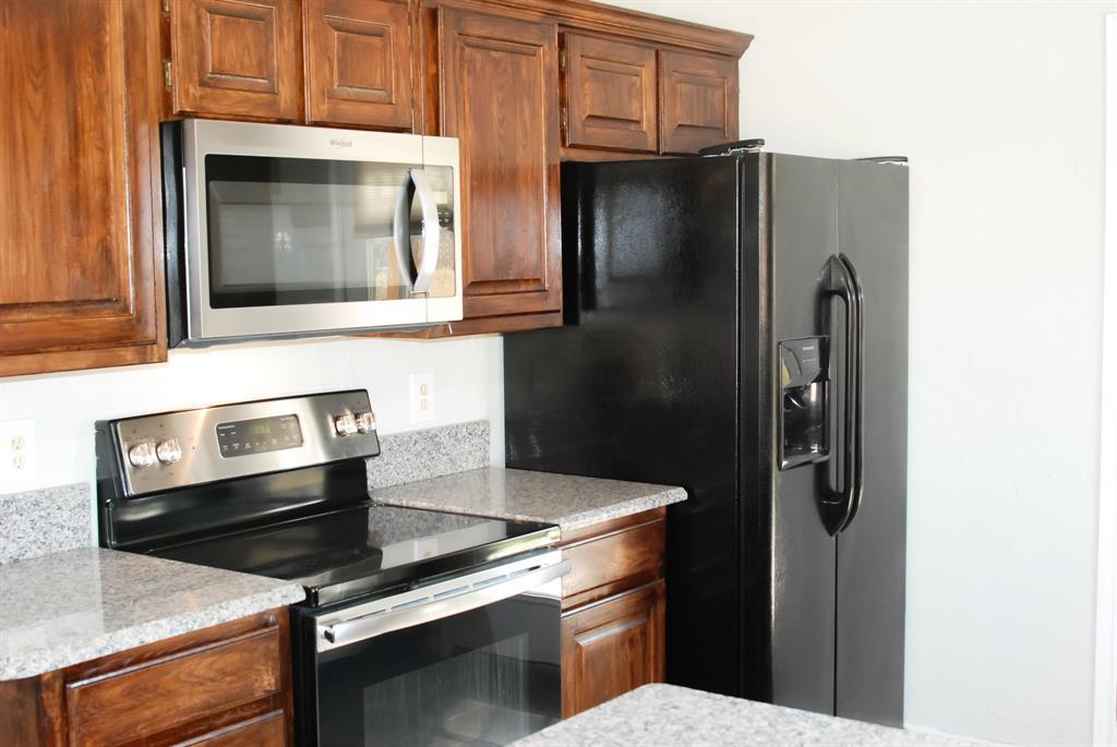 701 Burr Oak Drive, Lewisville, Texas 75067 - acquisto real estate best celina realtor logan lawrence best dressed realtor