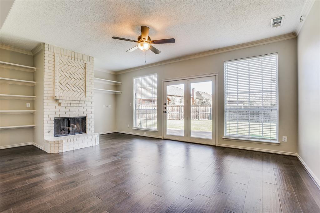 1619 Willow Lane, McKinney, Texas 75072 - acquisto real estate best real estate company to work for