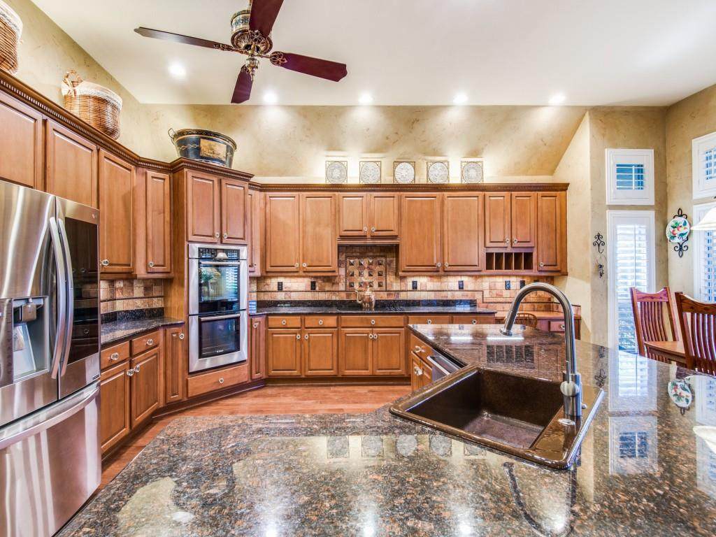 9005 Crestview Drive, Denton, Texas 76207 - acquisto real estate best real estate company to work for