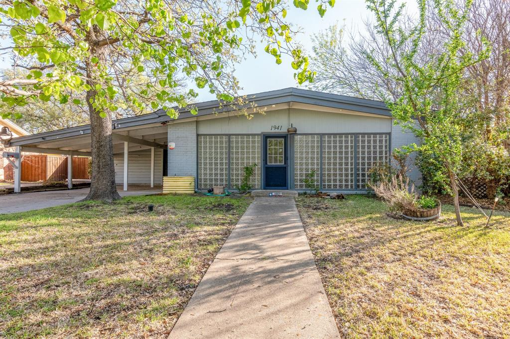1941 Standish Drive, Irving, Texas 75061 - Acquisto Real Estate best plano realtor mike Shepherd home owners association expert