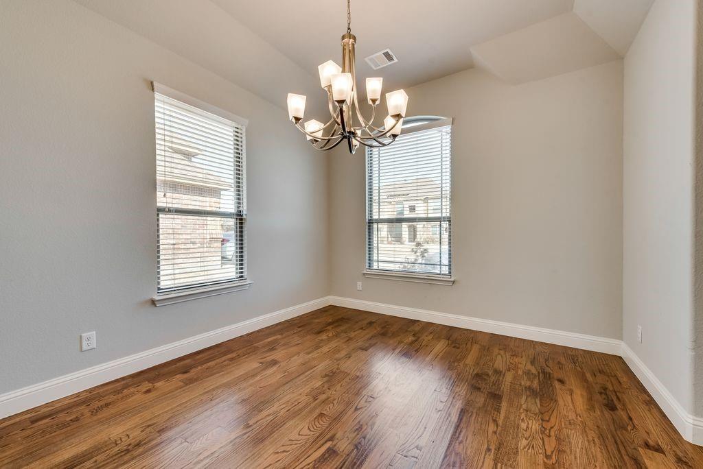 420 Foxtail Court, Waxahachie, Texas 75165 - acquisto real estate best prosper realtor susan cancemi windfarms realtor