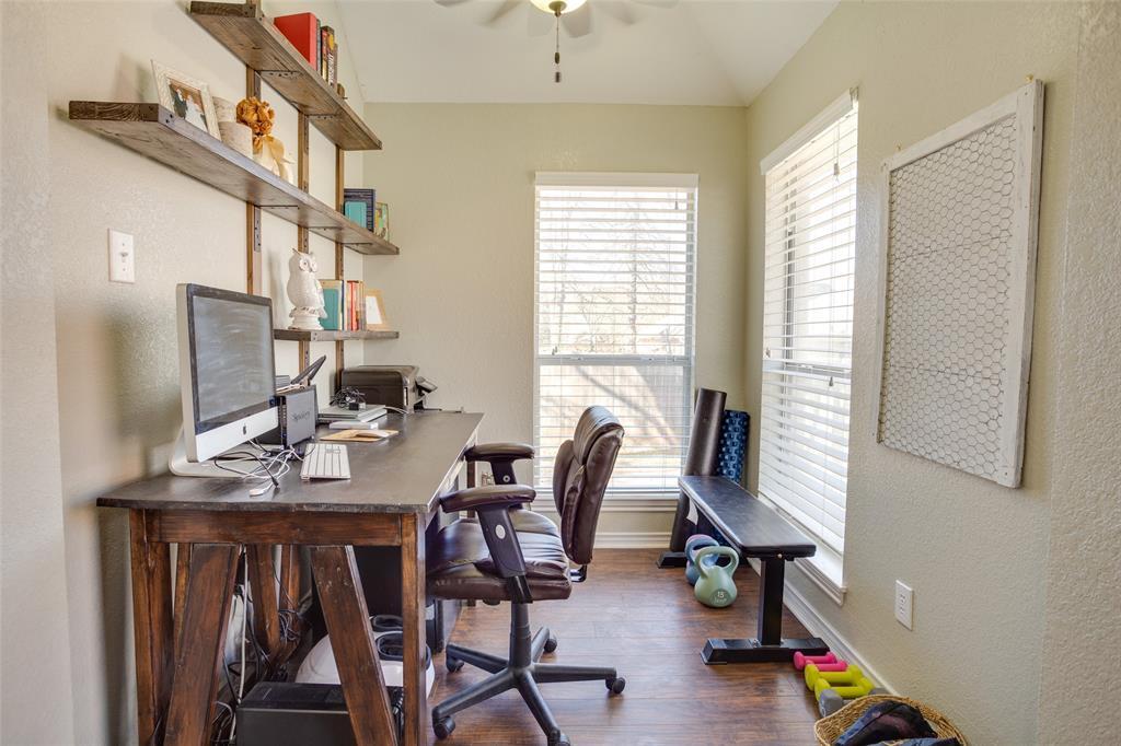 1341 Spinnaker Lane, Azle, Texas 76020 - acquisto real estate best designer and realtor hannah ewing kind realtor