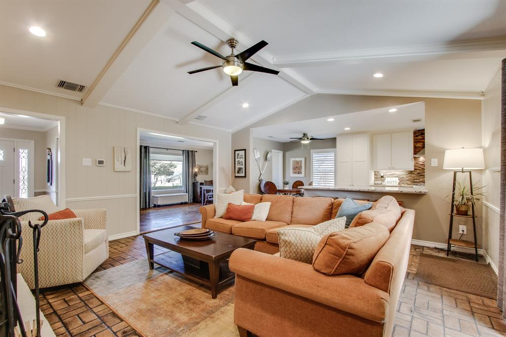 2412 Custer  Parkway, Richardson, Texas 75080 - acquisto real estate best realtor westlake susan cancemi kind realtor of the year