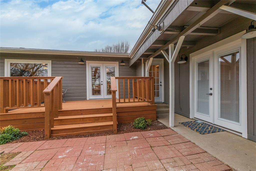 1209 Pine Street, Grapevine, Texas 76051 - acquisto real estate best real estate follow up system katy mcgillen