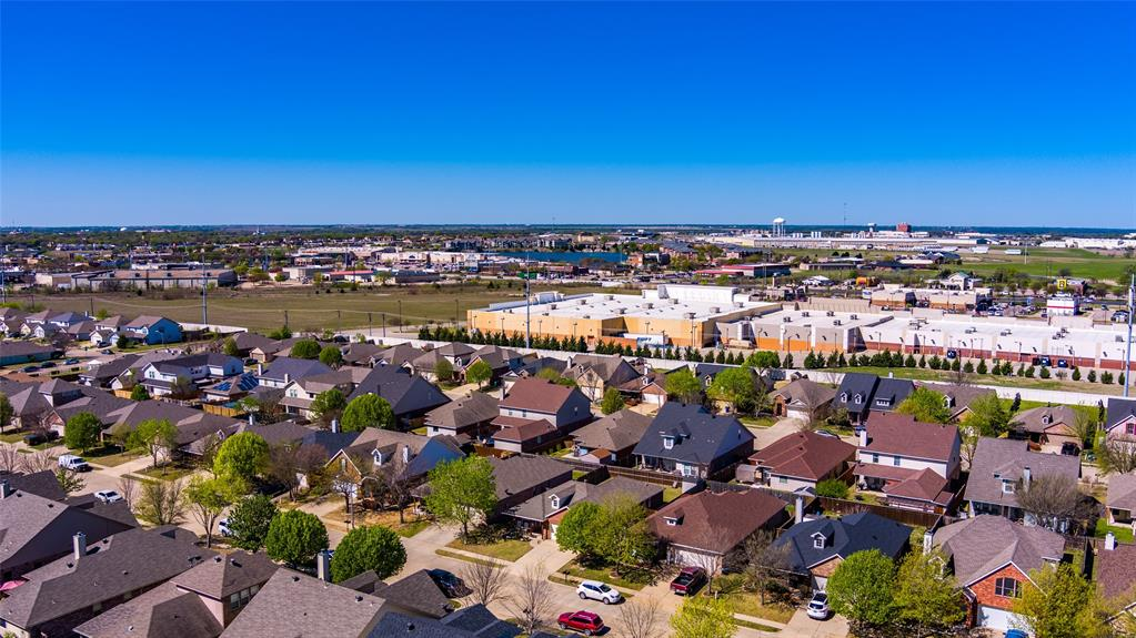1643 Hillside  Drive, Waxahachie, Texas 75165 - acquisto real estate mvp award real estate logan lawrence