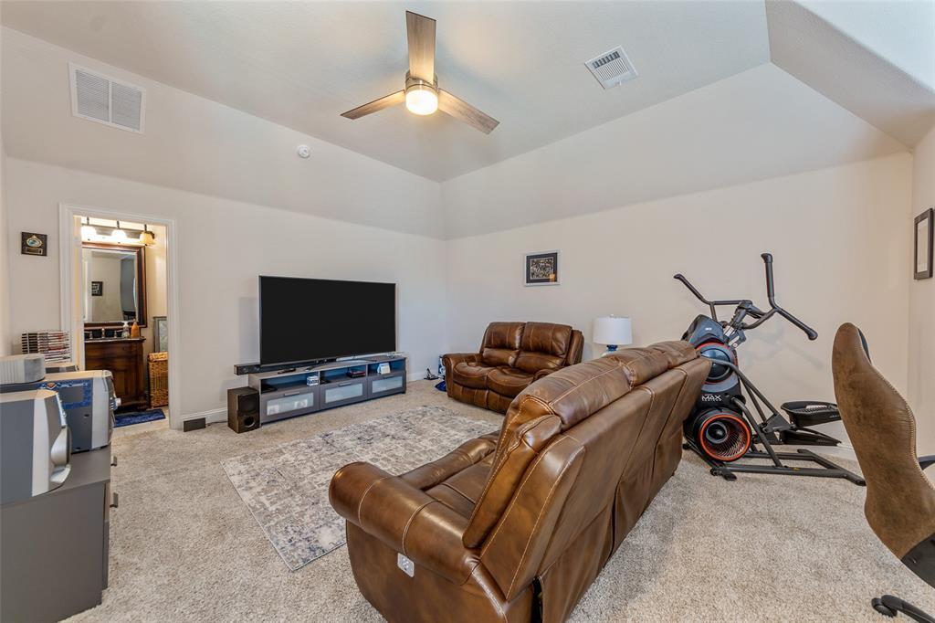 4021 Roxbury Street, Denton, Texas 76210 - acquisto real estate best investor home specialist mike shepherd relocation expert