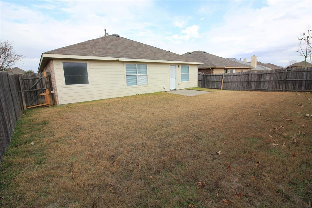 1217 Artesia  Drive, Fort Worth, Texas 76052 - acquisto real estate best realtor foreclosure real estate mike shepeherd walnut grove realtor