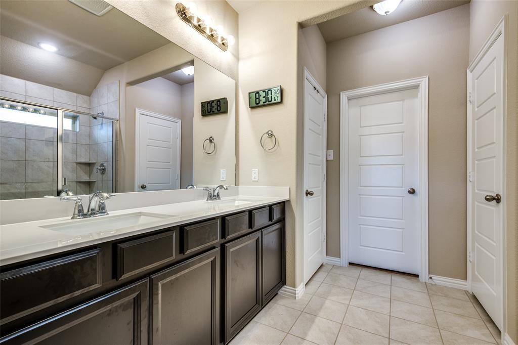 1805 Steppe Trail Drive, Aubrey, Texas 76227 - acquisto real estate best frisco real estate broker in texas for high net worth buyers