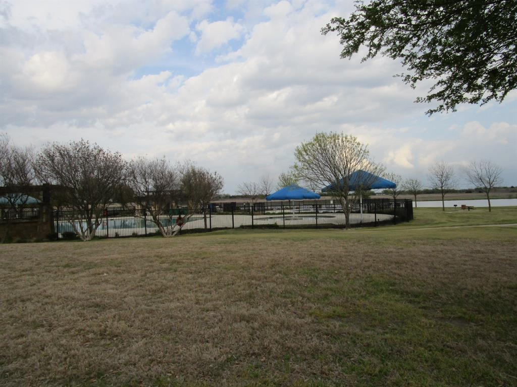 2050 Old Glory Lane, Heartland, Texas 75126 - acquisto real estate best looking realtor in america shana acquisto