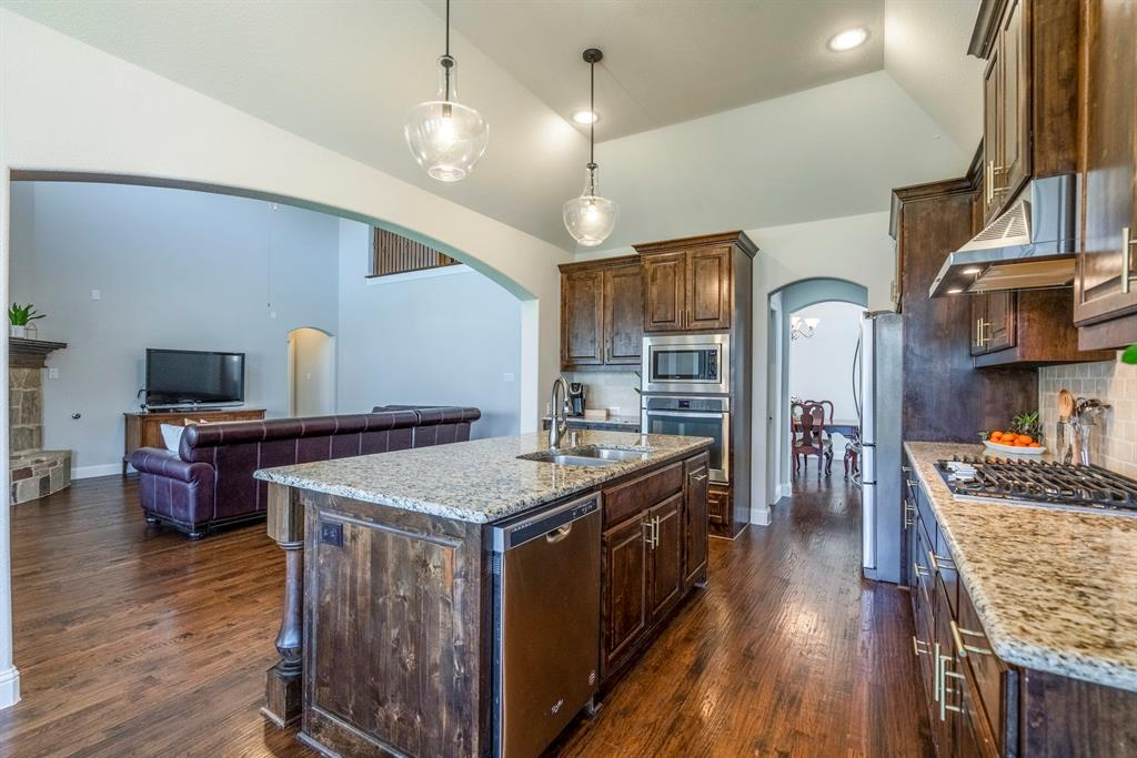 837 Fireside  Drive, Little Elm, Texas 76227 - acquisto real estate best frisco real estate broker in texas for high net worth buyers