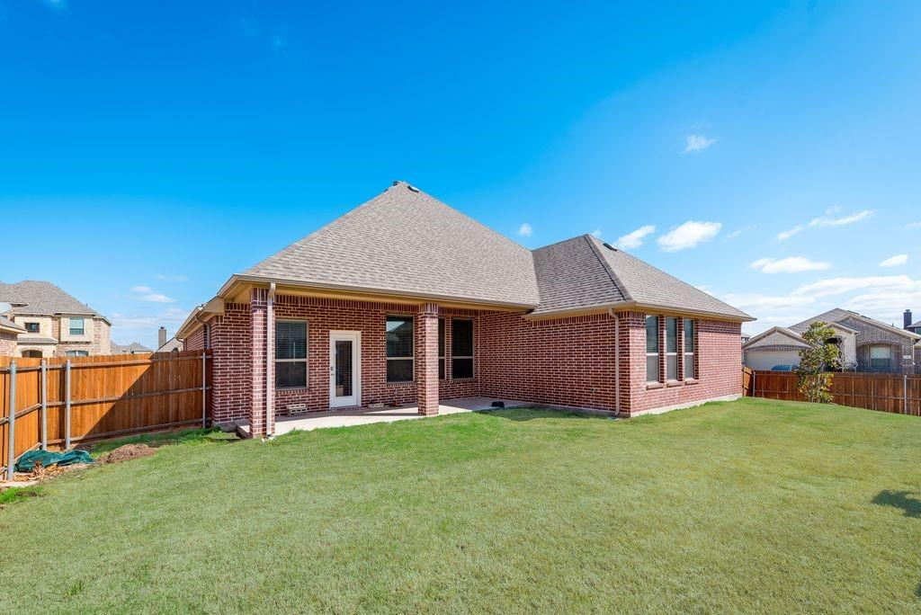 420 Foxtail Court, Waxahachie, Texas 75165 - acquisto real estaet best boutique real estate firm in texas for high net worth sellers
