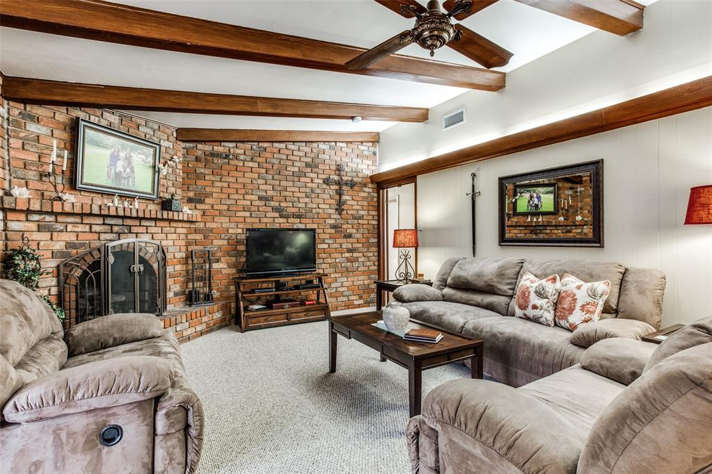 3804 Wosley Drive, Fort Worth, Texas 76133 - acquisto real estate best celina realtor logan lawrence best dressed realtor