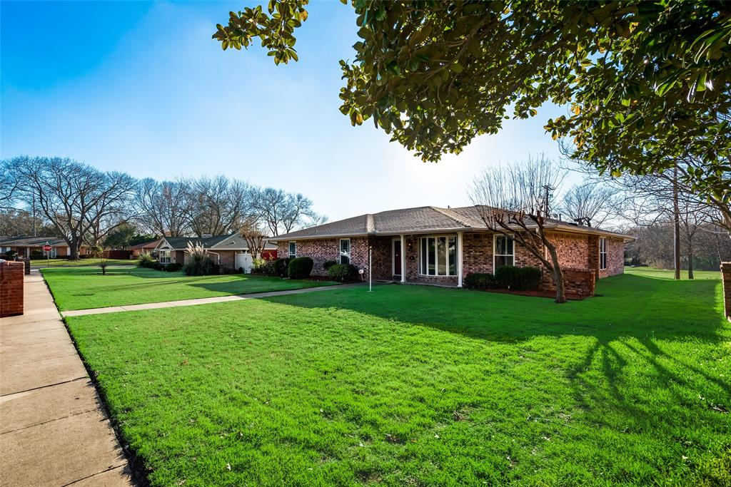 305 Stony Creek Drive, DeSoto, Texas 75115 - acquisto real estate best allen realtor kim miller hunters creek expert
