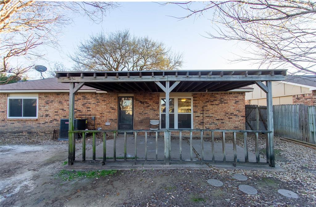 6105 Magnolia Lane, Rowlett, Texas 75089 - acquisto real estate best frisco real estate agent amy gasperini panther creek realtor