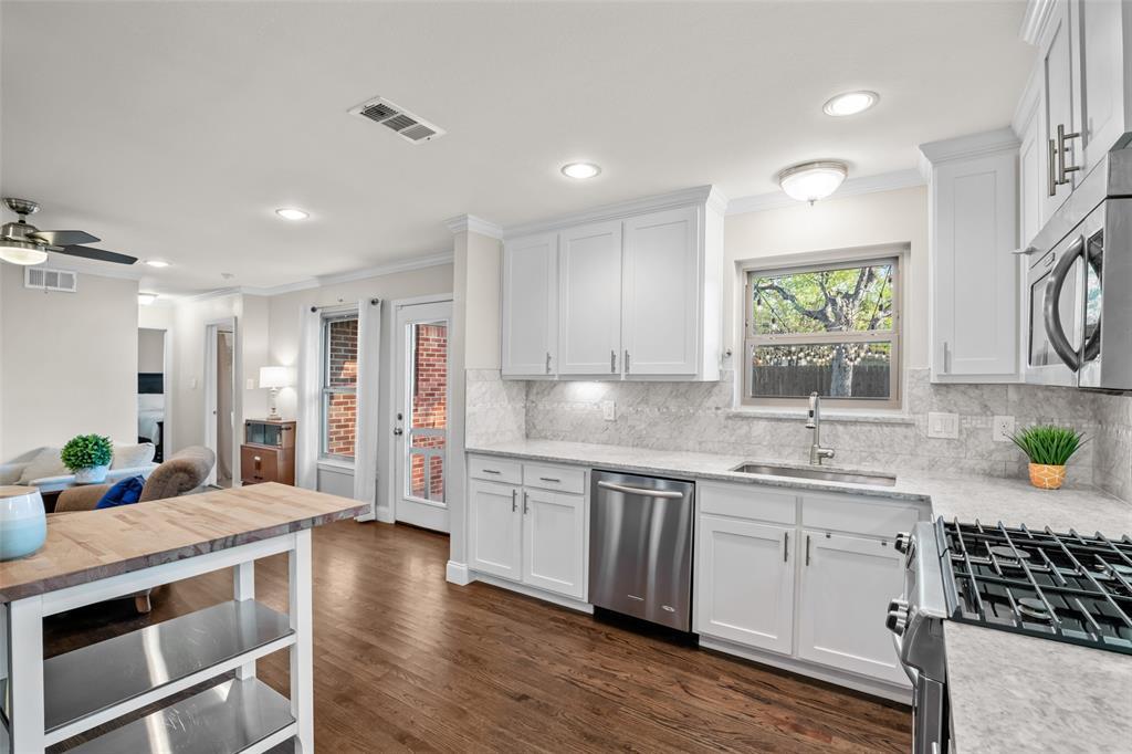 11232 Lanewood Circle, Dallas, Texas 75218 - acquisto real estate best designer and realtor hannah ewing kind realtor