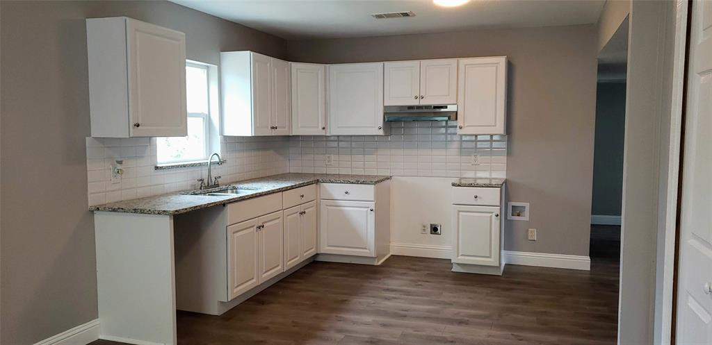 1415 Morgan  Street, Denison, Texas 75020 - acquisto real estate best real estate company to work for
