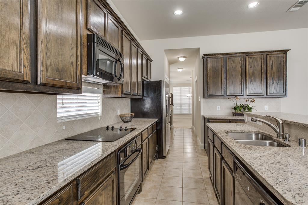 9569 Lance Drive, Frisco, Texas 75035 - acquisto real estate best real estate company in frisco texas real estate showings