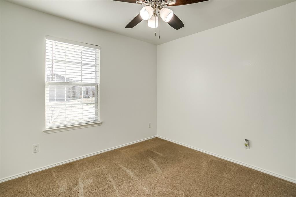 1261 Boxwood Lane, Burleson, Texas 76028 - acquisto real estate best the colony realtor linda miller the bridges real estate