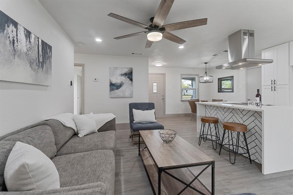 2026 Edna Smith  Drive, Garland, Texas 75040 - acquisto real estate best luxury buyers agent in texas shana acquisto inheritance realtor