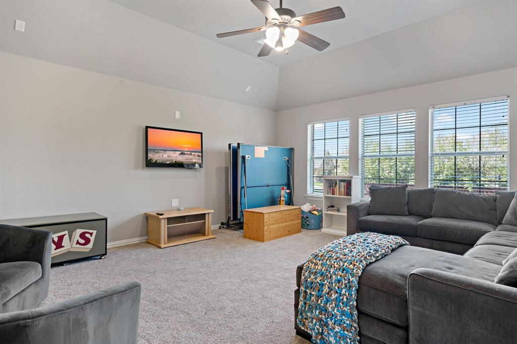 1001 Cove Meadow Court, McKinney, Texas 75071 - acquisto real estate best plano real estate agent mike shepherd