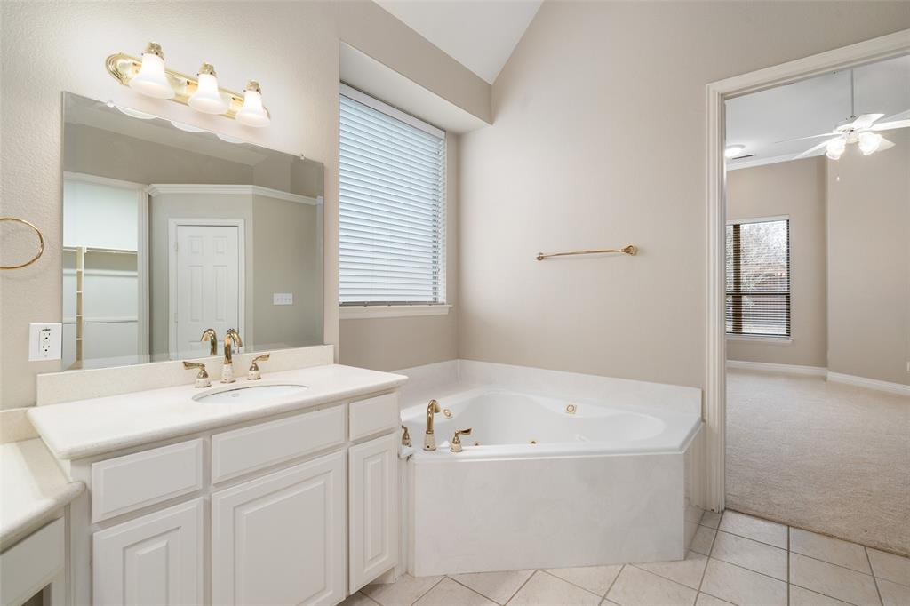 2216 New College  Lane, Plano, Texas 75025 - acquisto real estate best realtor westlake susan cancemi kind realtor of the year