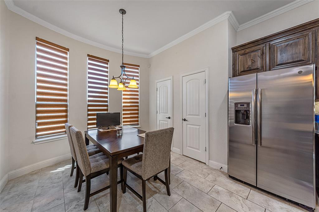 4021 Roxbury Street, Denton, Texas 76210 - acquisto real estate best new home sales realtor linda miller executor real estate