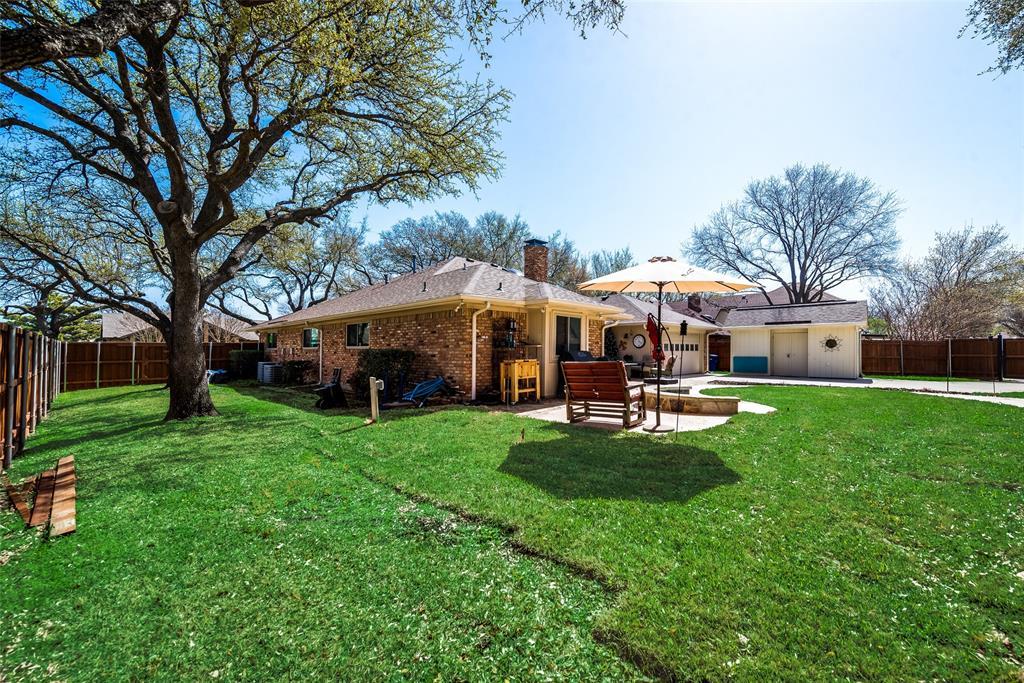 1100 Yorkshire  Drive, Carrollton, Texas 75007 - acquisto real estate best negotiating realtor linda miller declutter realtor
