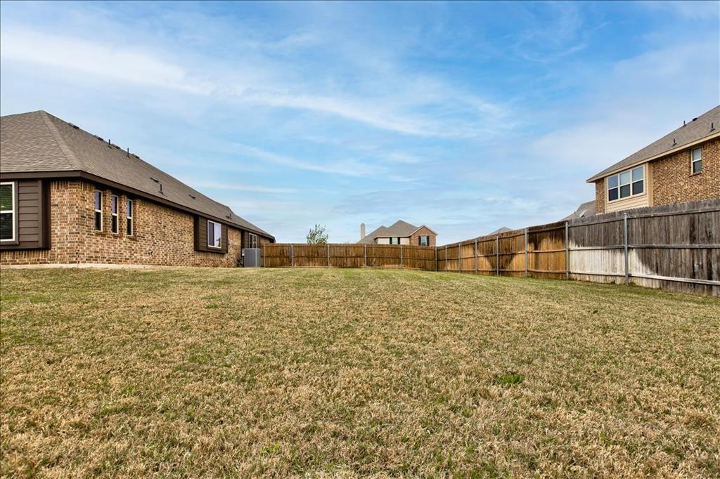 5820 Park View  Drive, Midlothian, Texas 76065 - acquisto real estate best highland park realtor amy gasperini fast real estate service