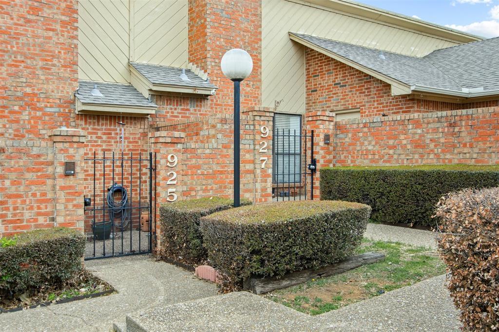 925 Cedarland  Boulevard, Arlington, Texas 76011 - Acquisto Real Estate best plano realtor mike Shepherd home owners association expert