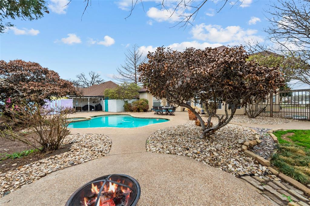 3724 COVE TIMBER  Avenue, Granbury, Texas 76049 - acquisto real estate mvp award real estate logan lawrence