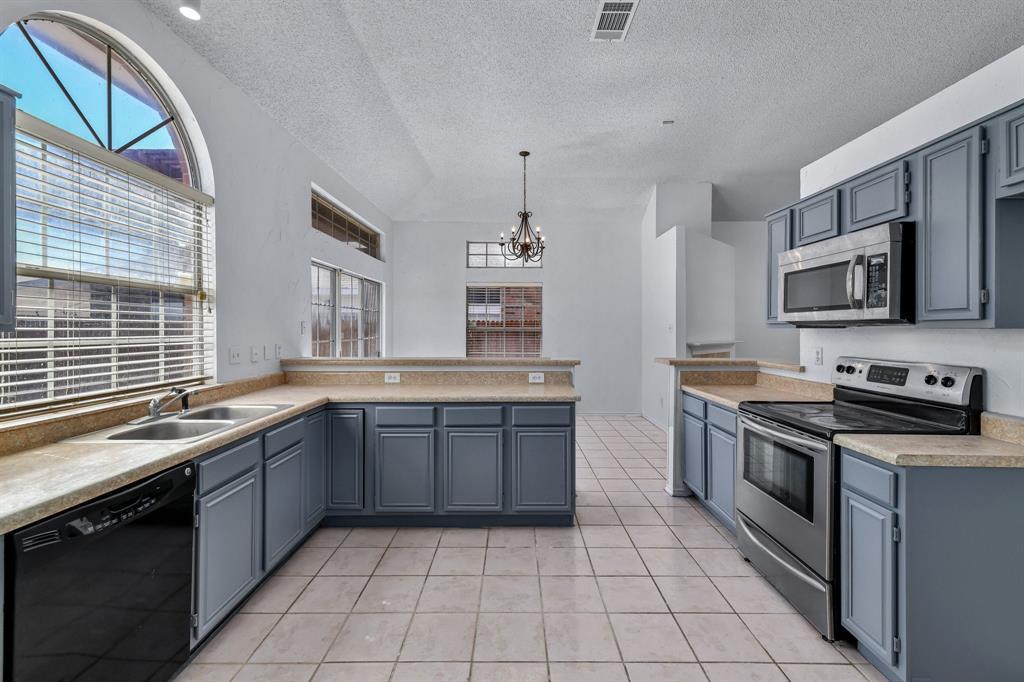 9805 Concord Drive, Frisco, Texas 75035 - acquisto real estate best listing listing agent in texas shana acquisto rich person realtor