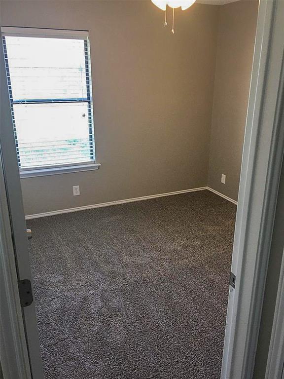212 Brook Circle, Krum, Texas 76249 - acquisto real estate best new home sales realtor linda miller executor real estate