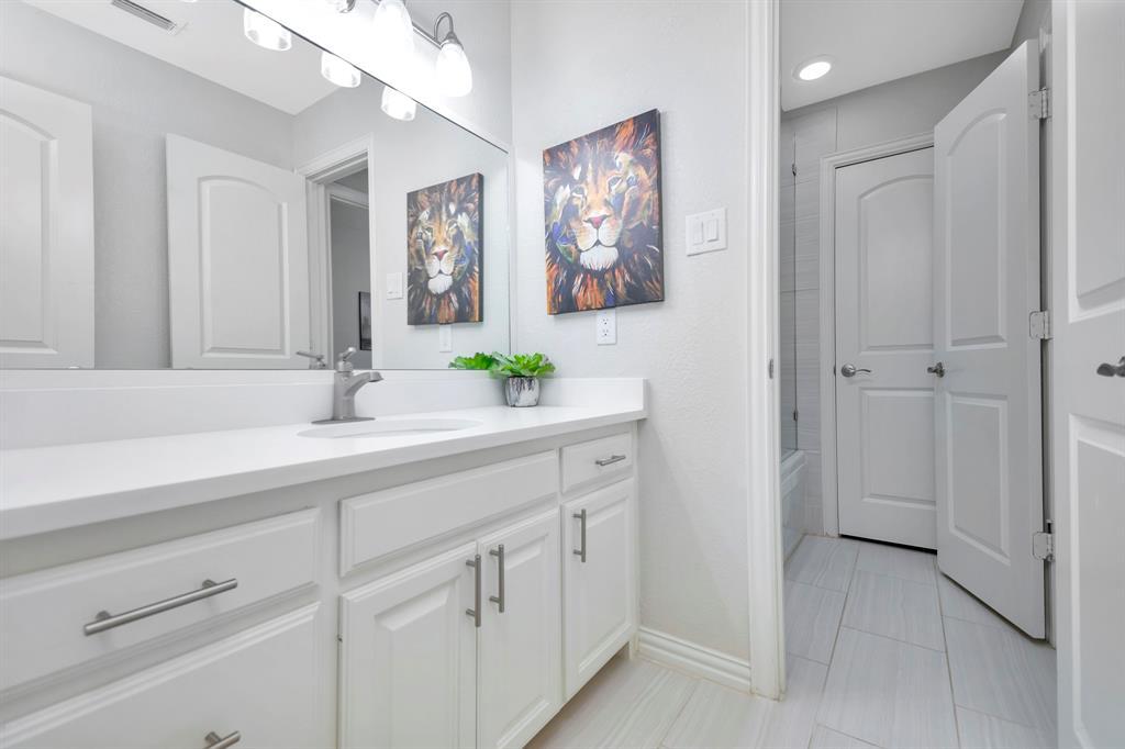 1202 Country Club Road, Argyle, Texas 76226 - acquisto real estate best negotiating realtor linda miller declutter realtor
