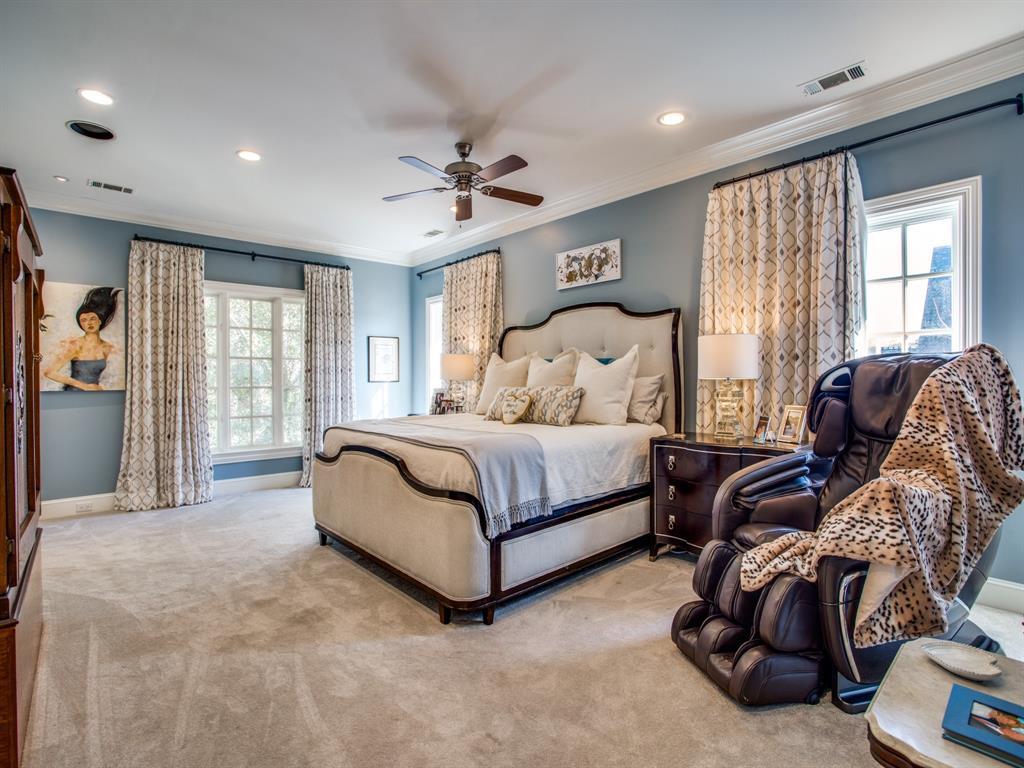 3821 Potomac  Avenue, Highland Park, Texas 75205 - acquisto real estate best realtor foreclosure real estate mike shepeherd walnut grove realtor