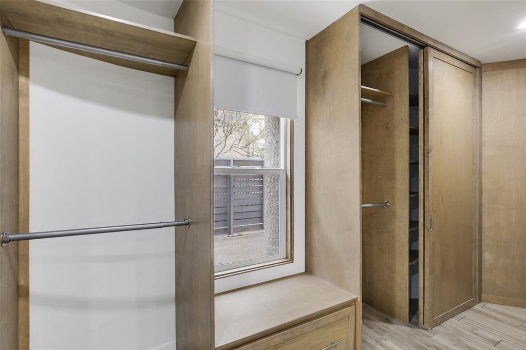 4130 Newton  Avenue, Dallas, Texas 75219 - acquisto real estate best realtor foreclosure real estate mike shepeherd walnut grove realtor