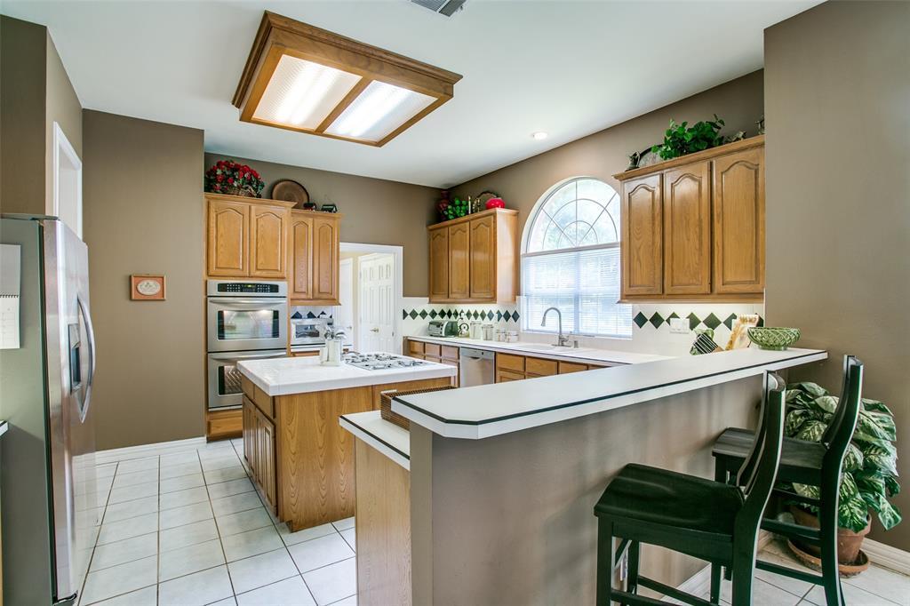 700 Cedar Elm Court, Irving, Texas 75063 - acquisto real estate best new home sales realtor linda miller executor real estate