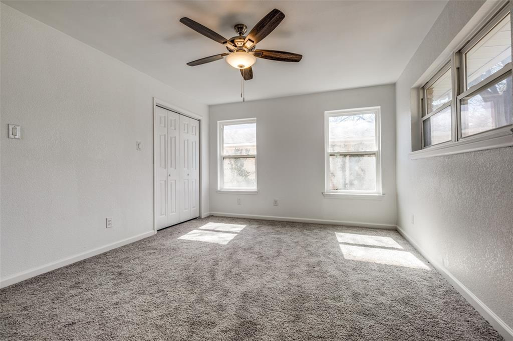 8746 Aldwick Drive, Dallas, Texas 75238 - acquisto real estate best realtor foreclosure real estate mike shepeherd walnut grove realtor