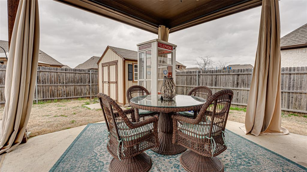 9117 Northampton Drive, North Richland Hills, Texas 76182 - acquisto real estate best frisco real estate agent amy gasperini panther creek realtor