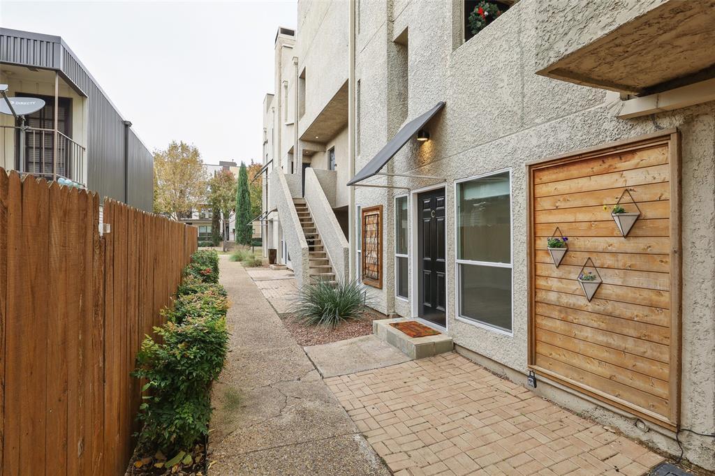 4130 Newton  Avenue, Dallas, Texas 75219 - acquisto real estate best allen realtor kim miller hunters creek expert