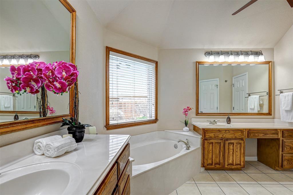 7029 Ridge Crest  Drive, North Richland Hills, Texas 76182 - acquisto real estate best luxury buyers agent in texas shana acquisto inheritance realtor
