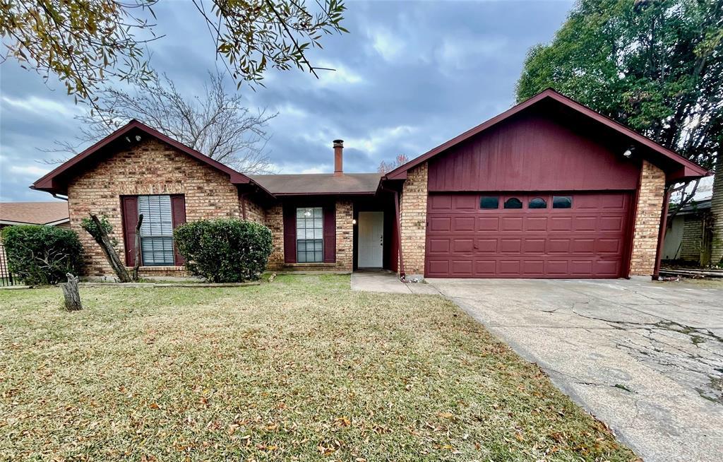 2226 Pennington  Drive, Arlington, Texas 76014 - Acquisto Real Estate best plano realtor mike Shepherd home owners association expert