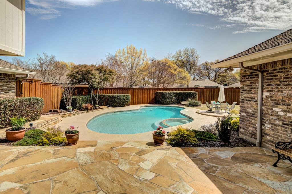 2300 Belmont Place, Plano, Texas 75023 - acquisto real estate best plano real estate agent mike shepherd