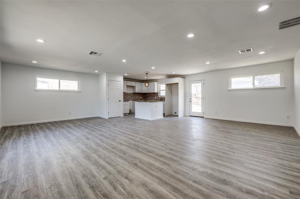8746 Aldwick Drive, Dallas, Texas 75238 - acquisto real estate best prosper realtor susan cancemi windfarms realtor