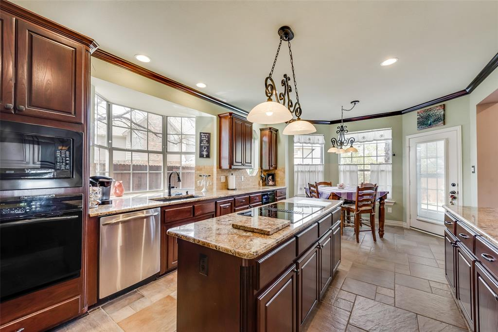 2202 Broadoak Way, Colleyville, Texas 76034 - acquisto real estate best designer and realtor hannah ewing kind realtor